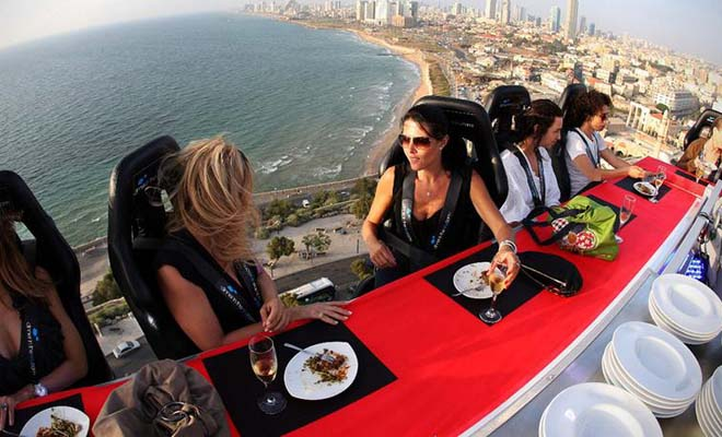 Would You Dare To Have Dinner At This Restaurant? It's Extreme And Scary!