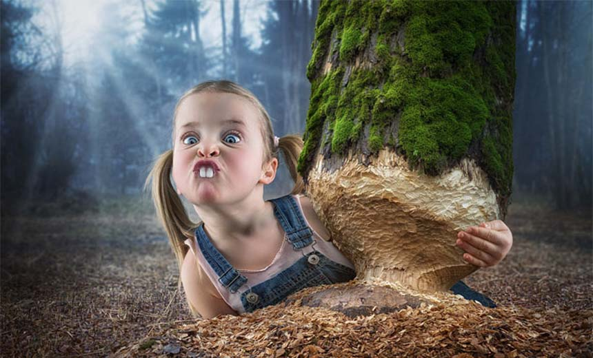 Watch How This Dad Turns Hilarious Poses Into Amazing Family Photos. #5 Is The Best!