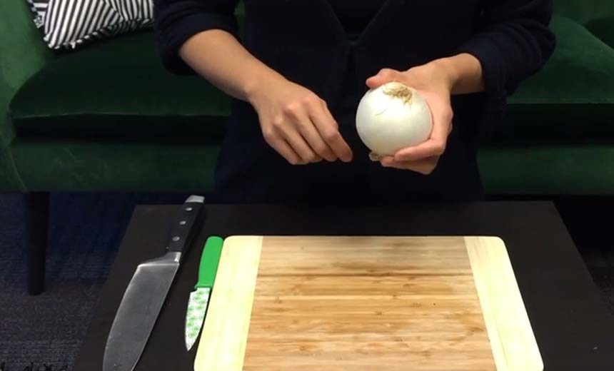 How To Cut An Onion Without Shedding Tears