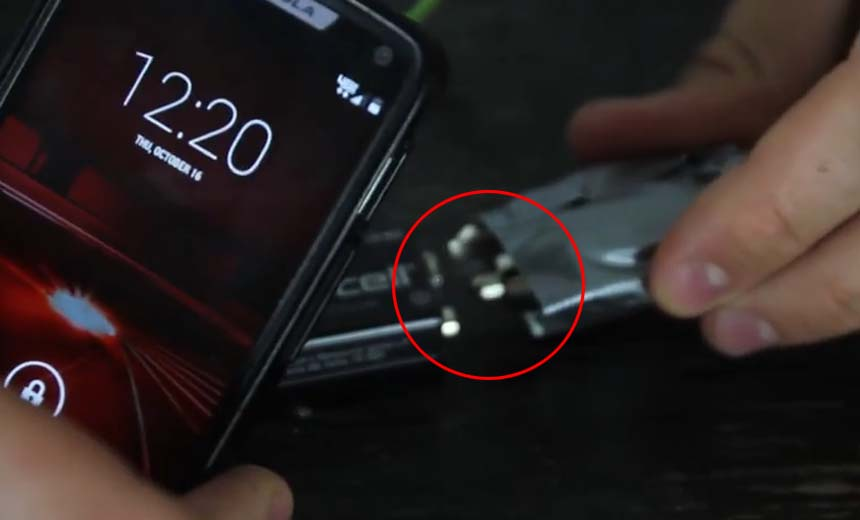 You wish you would have seen this video before; how to charge your cell phone with a 9v battery