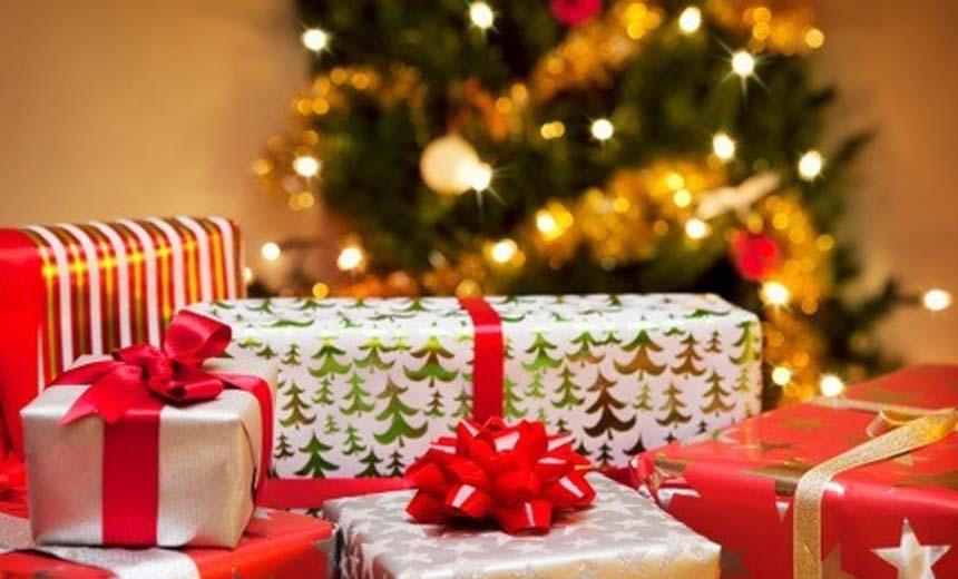 Christmas Gift Wrapping: Easy & Beautiful Way