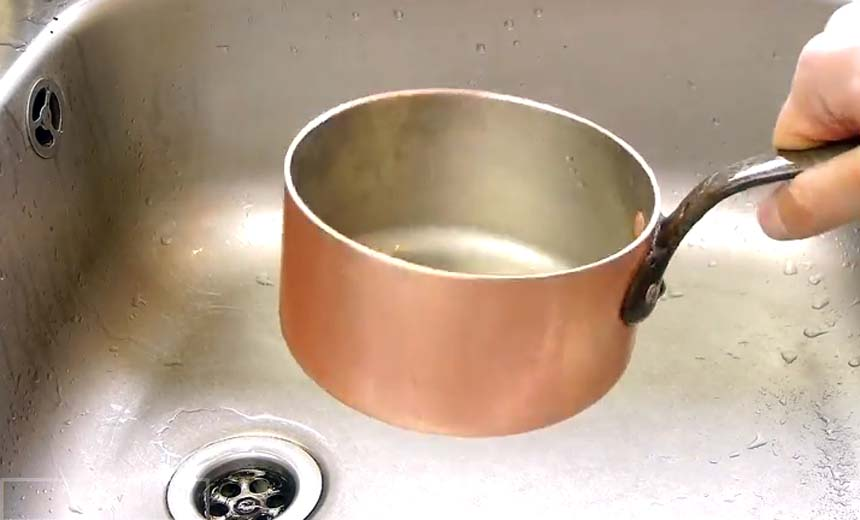 Life Hacks: How to Clean a Copper Pan