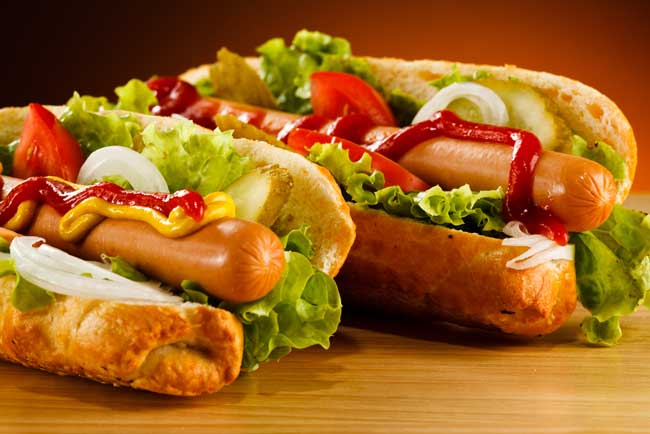 40 different ways how people eat hot dogs around the world