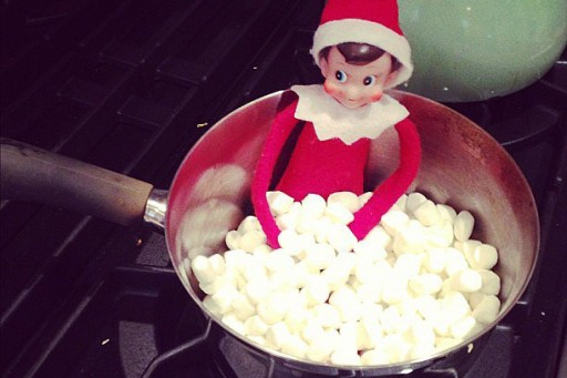 Top 29 Awesome Elf On The Shelf Ideas [In Pictures]
