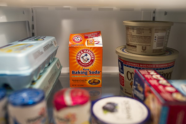 Deodorize the refrigerator - baking soda