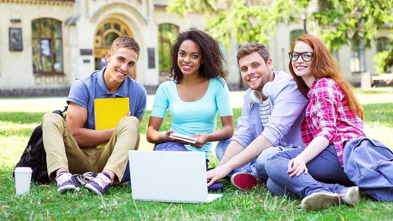 Choosing the Top Online Colleges