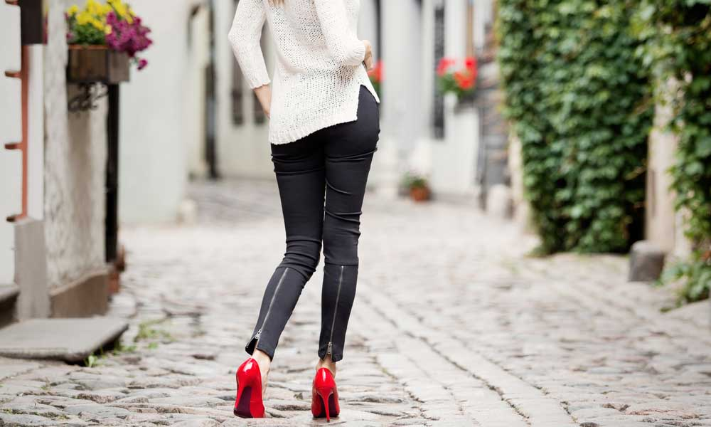 how to wear leggings over 60