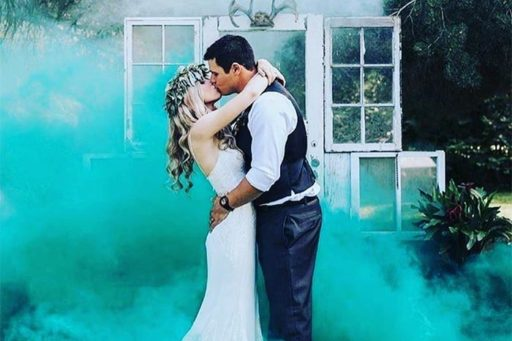 15 Must See Smoke Bomb Wedding Photo Ideas