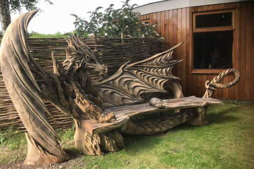 This Mind-Blowing Dragon Bench Was Carved Using Only Two Hands and a Chainsaw